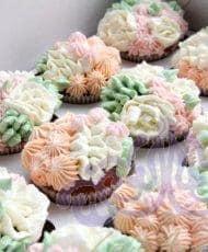 Набор капкейков кремовые цветы