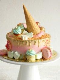 Золотой торт для детей