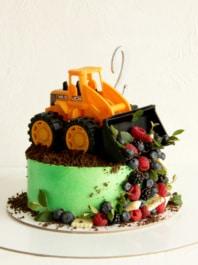 Торт для мальчика «Трактор»